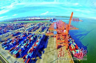 1992年,省政府批准成立东海岛经济开发试验区.