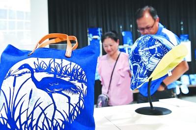 """台湾宜兰:老造纸厂的""""文艺进行"""